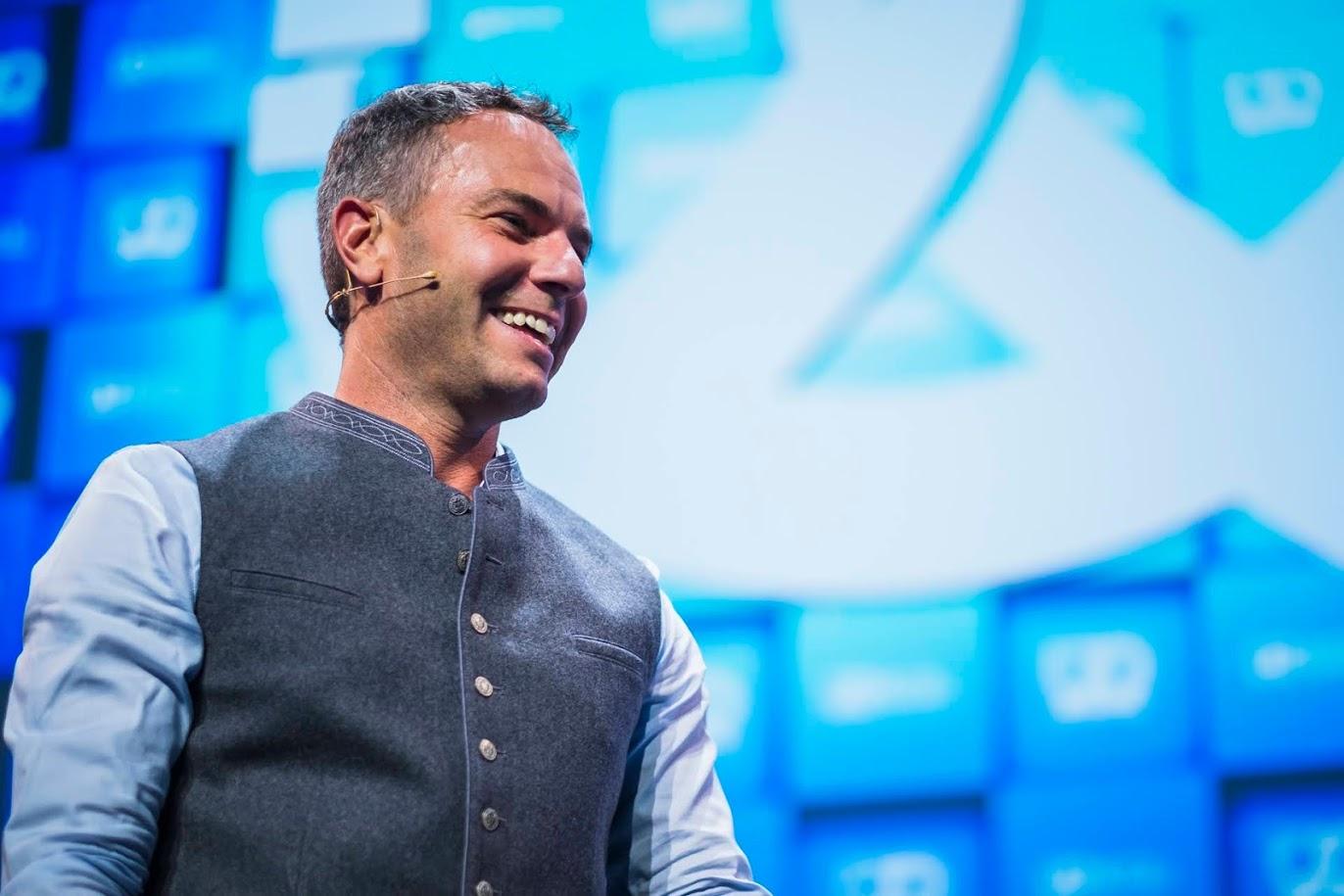 Innovative entrepreneur business speaker Chris Barton